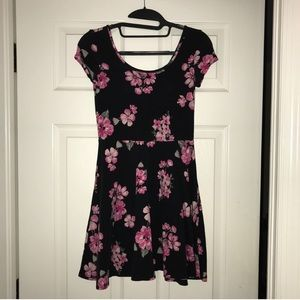 Black and pink floral t-shirt dress